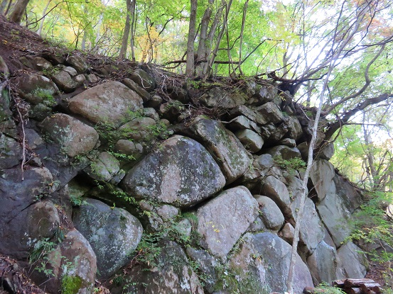 亀甲縛り岩