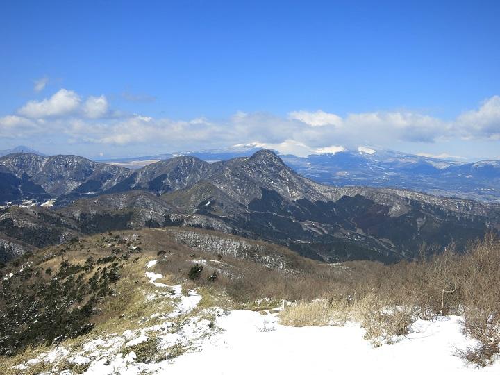 明神ヶ岳から金時山を目指し縦走