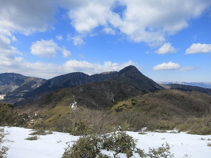 積雪期の箱根外輪山縦走