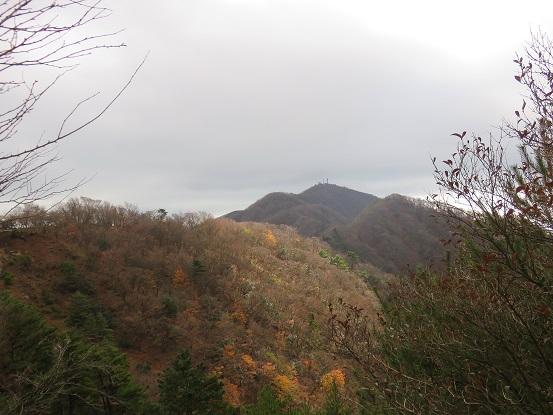 目指す大山とミズヒノ頭