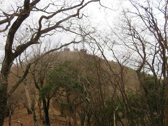 大山山頂のアンテナ