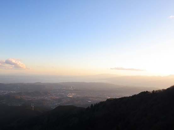 大山の山頂夕日