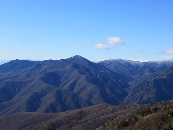 乾徳山と黒金山