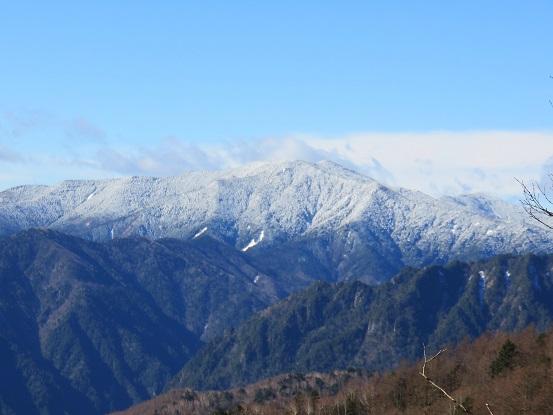 雁坂小屋・雁坂峠雁坂峠からの雁坂峠からの景色