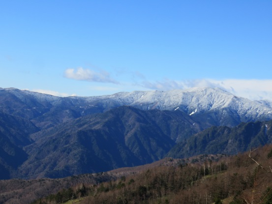 雁坂小屋から北奥千丈岳方面