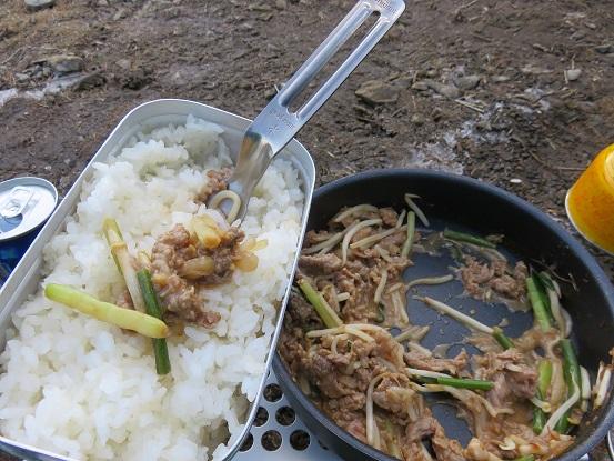 山飯米は炊き立てが一番旨い