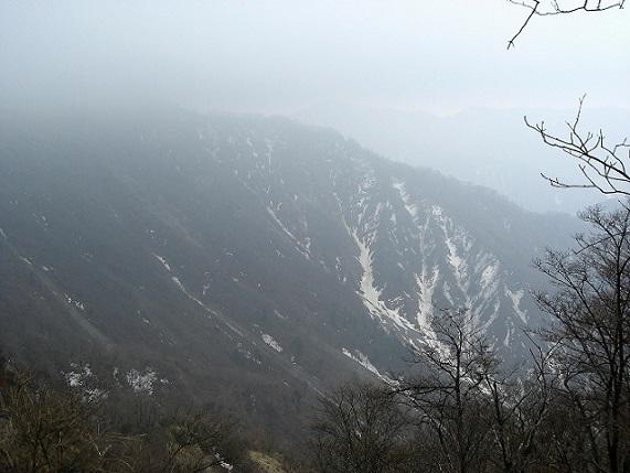 蛭ヶ岳南陵天気が一気に悪くなり