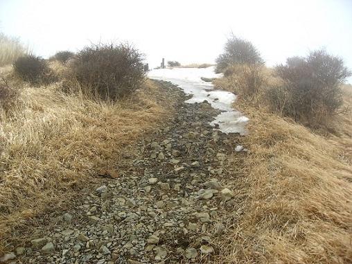 蛭ヶ岳山頂から少しずれたルート