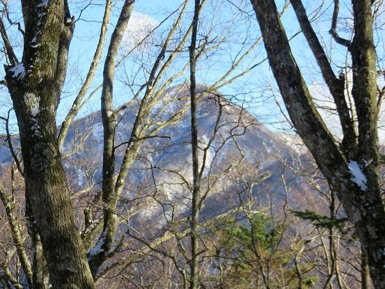 ヤタ尾根から丹沢最高峰の蛭ヶ岳のお姿