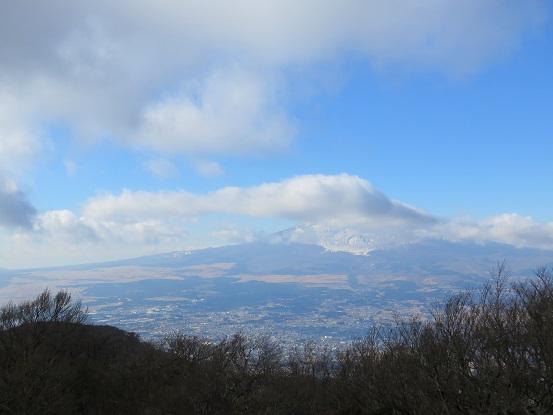 金時山からの富士山の眺め