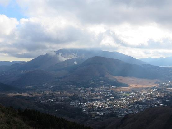 箱根最高峰の神山