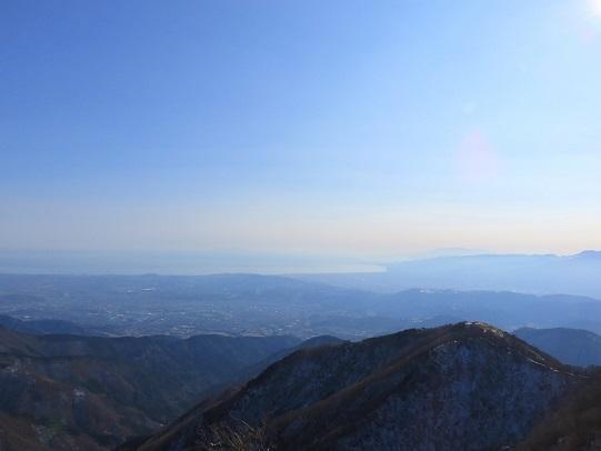 塔ノ岳からの相模湾の景色