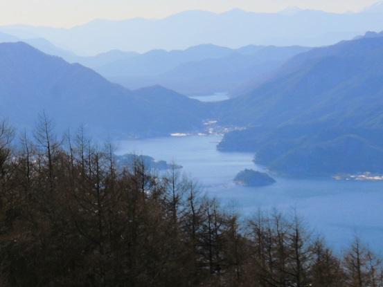 霜山と河口湖