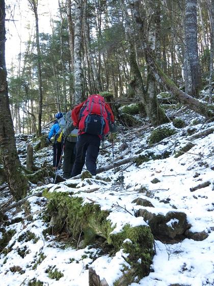 二瀬尾根から和名倉山登山者たち