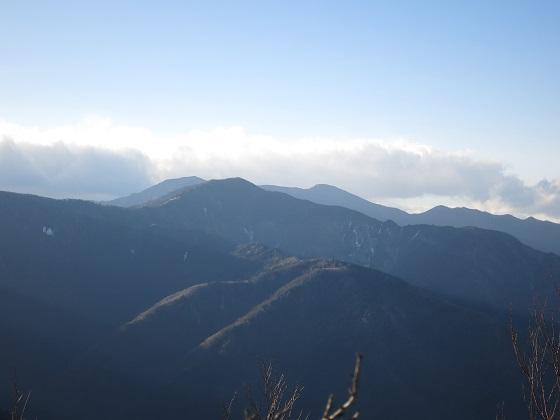 和名倉山周辺から笠取山風景