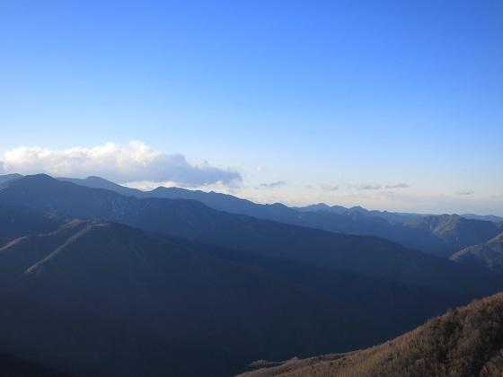 静かな山の景色