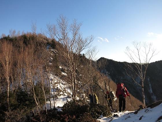 吹上ノ頭登山道上の小さなピーク