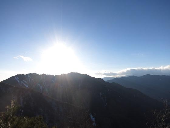 二瀬尾根和名倉山からの奥秩父の山々