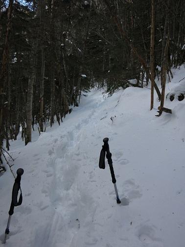 甲武信ヶ岳ルート上に凄い積雪量