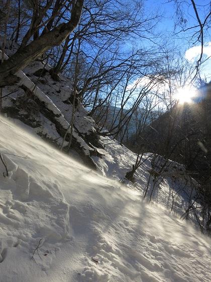 積雪期の近丸新道危ないけど綺麗