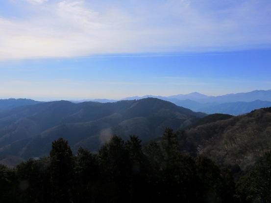 影信山からも高尾の景色