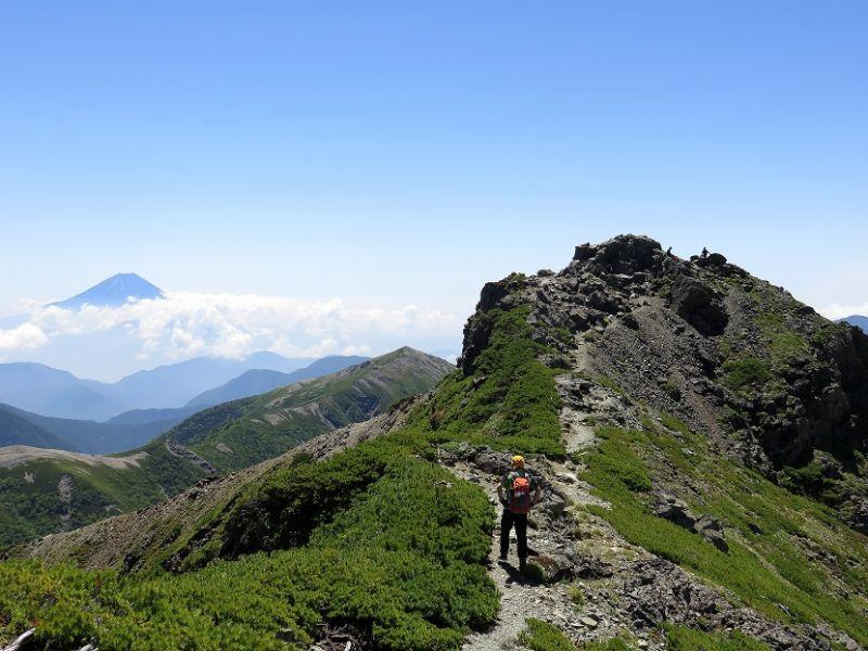 塩見岳西峰・東峰の稜線