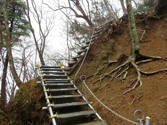 三峰山登山道整備