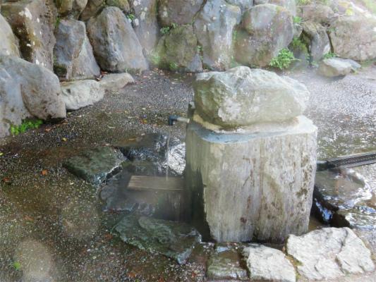 葛葉の泉給水口