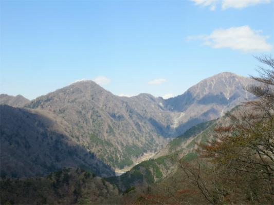 蛭ヶ岳と臼ヶ岳