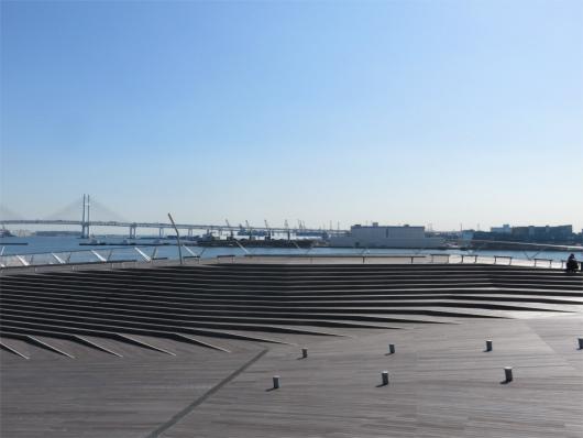 横浜ベイブリッジ方面の景色