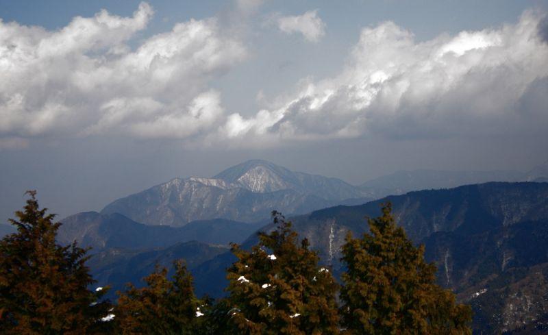 加入道山と大室山