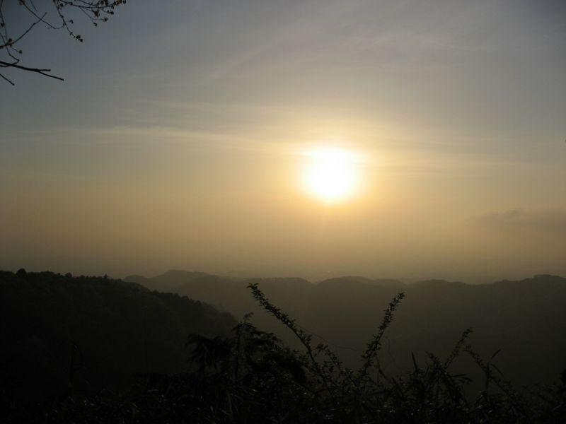 稲荷山コース綺麗な朝日