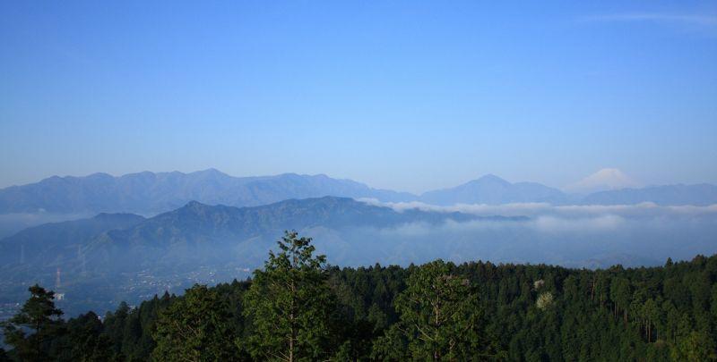 一丁平からの富士山丹沢山塊