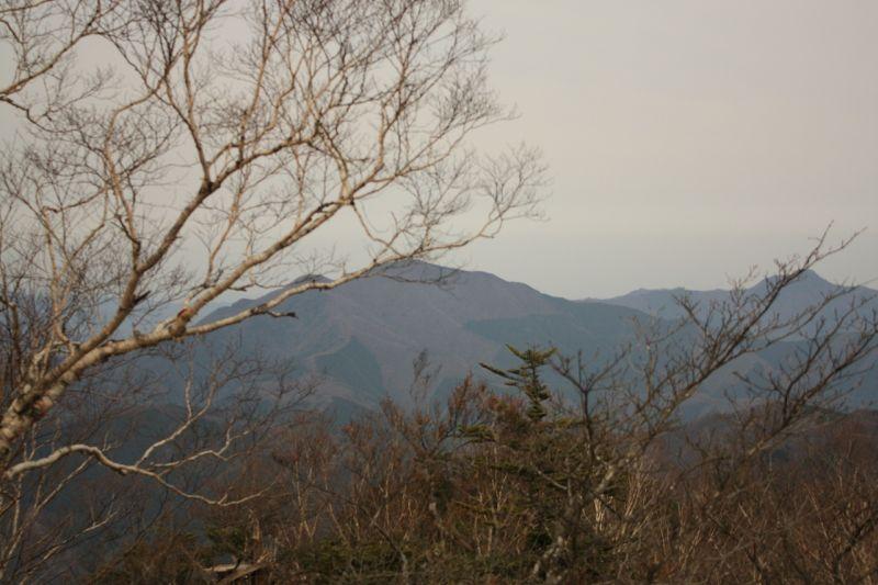 三頭山の東峰
