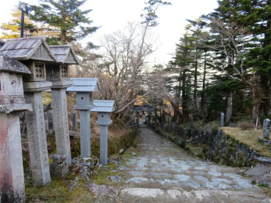 日本岩・西ノ覗方面
