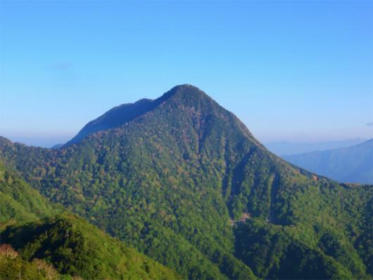 庚申山付近から皇海山