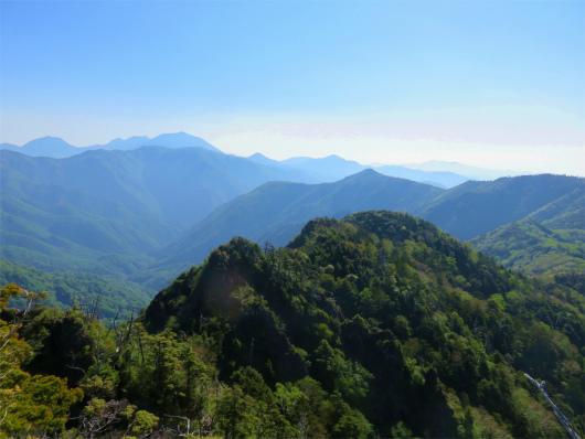 白山と薬師岳男体山や日光白根山