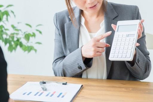 ファクタリング手数料の相場と借入金利との比較