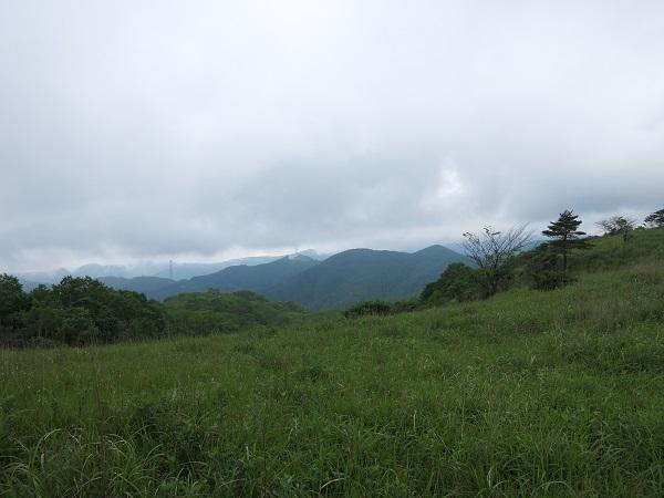 雁ヶ腹摺山景色