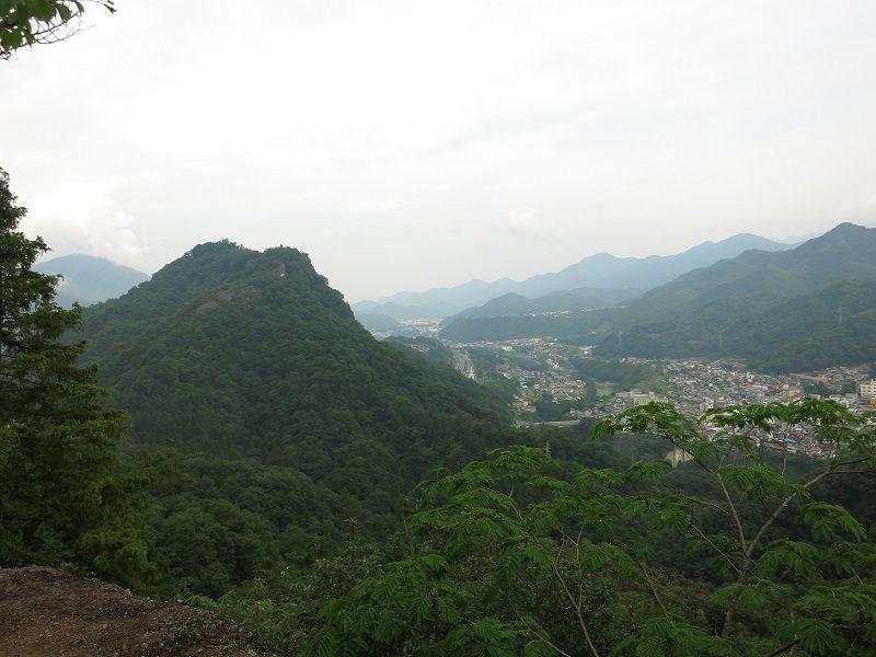 岩殿山景色