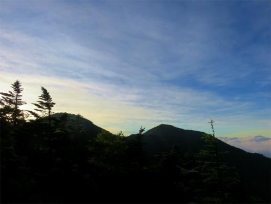 甲武信ヶ岳と木賊山