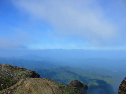 瑞牆山の山頂からの眺め