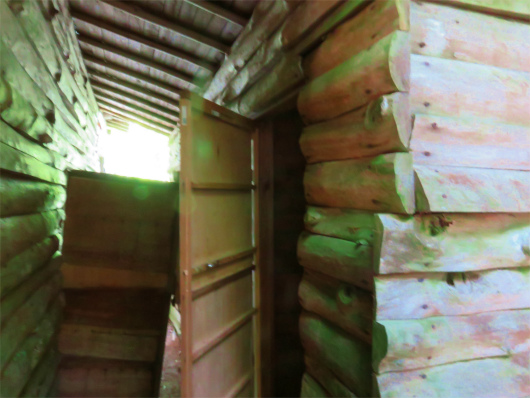 大日小屋のトイレ