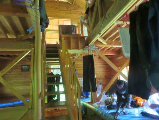 横窪小屋の内部