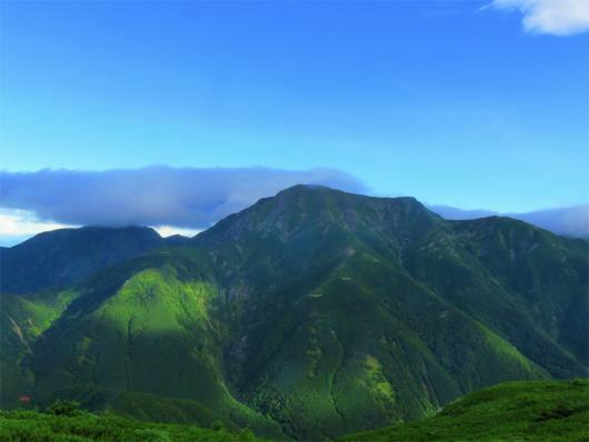 雲1つない聖岳のお姿