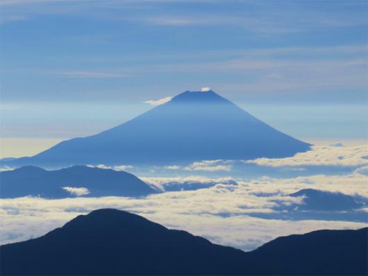 赤石岳から見る富士山