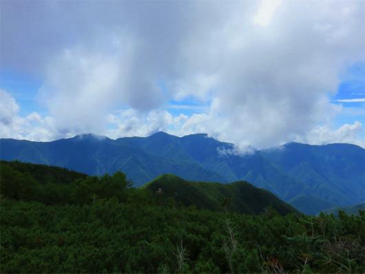 南アルプス南部山