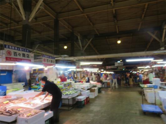 塩釜魚市場は、建屋こそ少し古い
