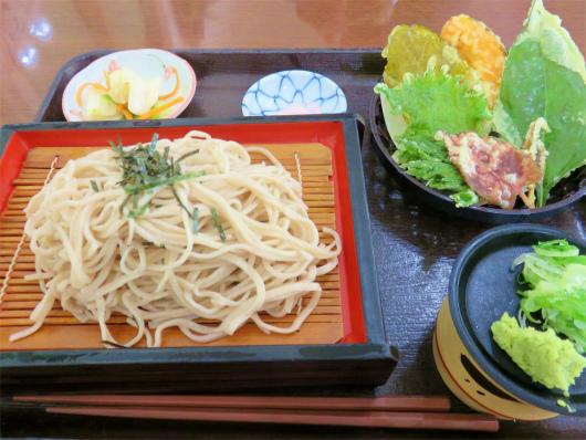 花豆食堂野草の天ぷら蕎麦
