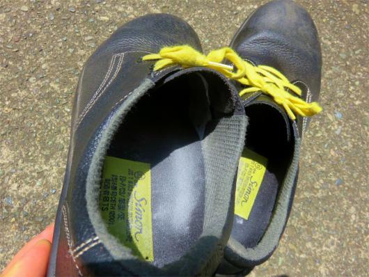 臭い靴を消臭